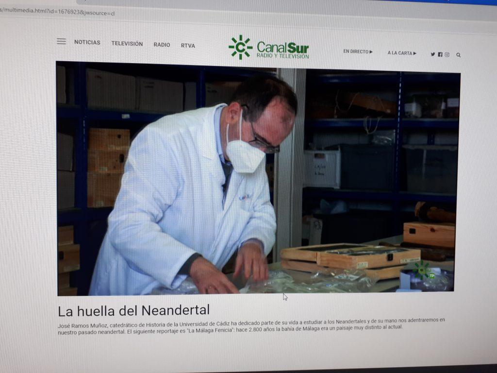 """Entrevista en  Canal Sur TV al profesor José Ramos, sobre los neandertales y los datos  en la Cueva de Ardales y Sima de las Palomas de Teba""""."""