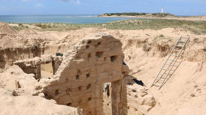 Aparecen importantes restos prehistóricos, romanos y modernos en los Caños de Meca